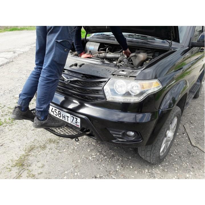 Подножка УАЗ Патриот для облегчения ремонта под капотом