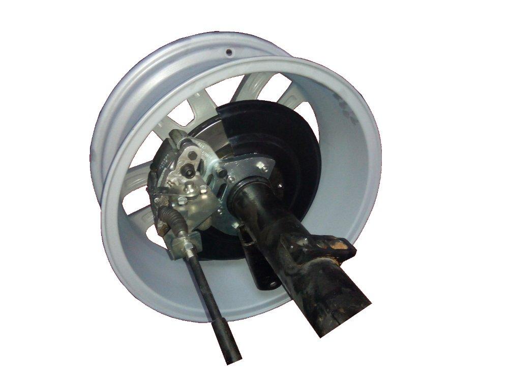 Задние дисковые тормоза УАЗ Патриот  2013 года диски R18